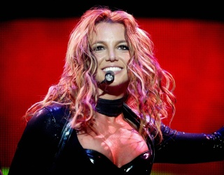 The Latest Buzz, Explained: We All Owe Britney Spears a Big, Fat Apology