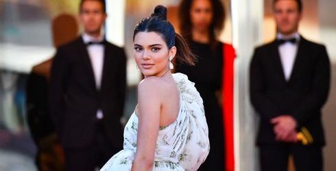 Kendall Jenner Didn't Tip Her Bartender So the Bar Put Her on Blast