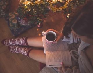 8 Holiday Rom-Com Novels That Will Make Anyone's Season Merry and Bright