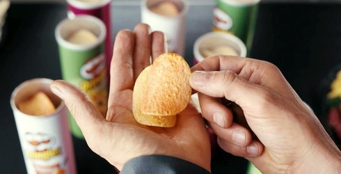 We Tried a Bunch of Pringles Flavor Stack Combinations and These Were Our Favorites