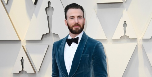 Everyone Was Thirsting Over Chris Evans at Last Night's Academy Awards