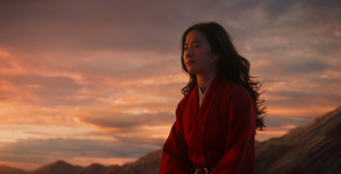 """Mushu Probably Won't Be in """"Mulan,"""" and Here's Why That's a Good Thing"""