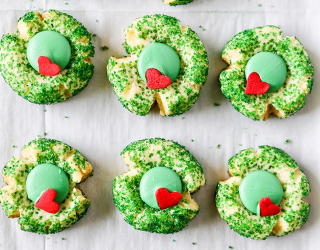Anyone's Heart Would Grow Three Sizes After Tasting These 14 Grinch-Inspired Treats
