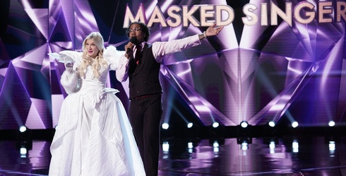 """Tori Spelling Taught Her Kids an Important Lesson on """"The Masked Singer"""""""