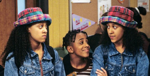 This September, Let's All Give the Mowry Twins a Big, Warm Welcome to Netflix
