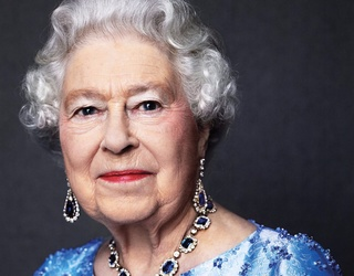 Can You Unscramble The Queen In This Sapphire Jubilee Photo?