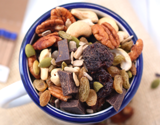 How to Make Trail Mix That's Actually Good for You