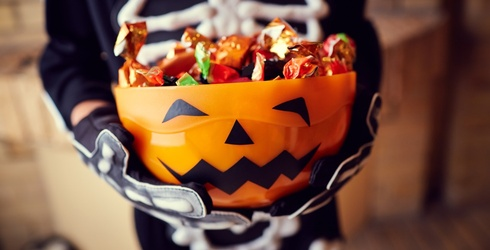How Much of Your Kids' Halloween Candy Do You Eat?