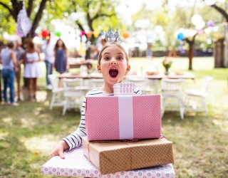 Are You Helping Your Fellow Parents by Boycotting Gifts at a Kid's Party?