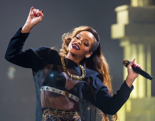 By the Time Rihanna Releases New Music, You Should Be Able to Match Her Single to Its Album