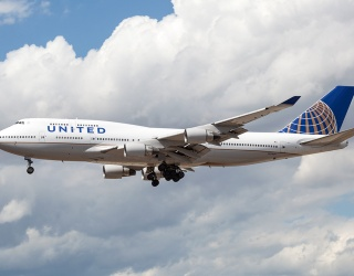 Authorities Dragged a Doctor off a United Airlines Flight