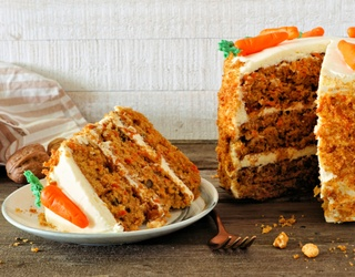 """Tasty Tuesday: This """"Divorce Carrot Cake"""" Is Getting All the Love"""