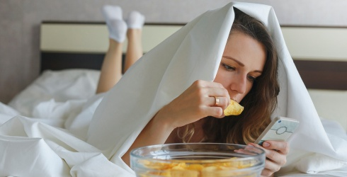 Cabinet of Curiosities: Why Does Eating Help us When We're Bored?