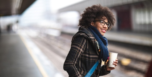 9 Ways to Make the Commuter in Your Life a Little More Jolly This Season