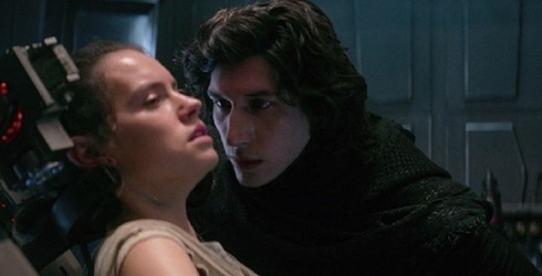 """Could Deleted Lines From """"Star Wars: The Last Jedi"""" Mean Romance for Kylo Ren and Rey?"""