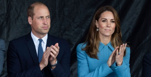 Berry Uncomfortable: Kate Middleton Shrugs off Prince William's PDA