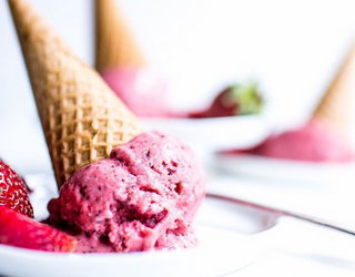 Tasty Tuesday: 9 Ice Cream Dupes That Offer a Healthy-Eating Alternative