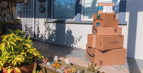 4 Ways Amazon is Slowly Luring Us Into a Web of Dependency