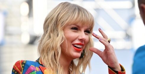 In Which I Make an Effort to Sum up My Feelings About Taylor Swift's Surprise Album